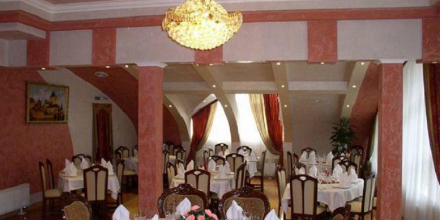 про ресторан, Іоланта