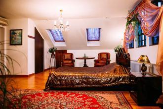 про готель, «Antique House»(готель) фото #6