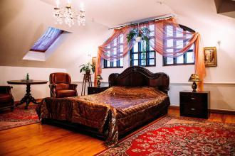 про готель, «Antique House»(готель) фото #3