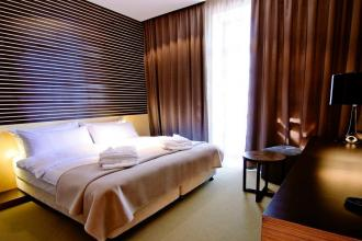 Швейцарія  (готель) про готель фотолатерея