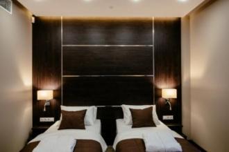Двомісний стандарт з двома окремими ліжками або одним великим ліжком